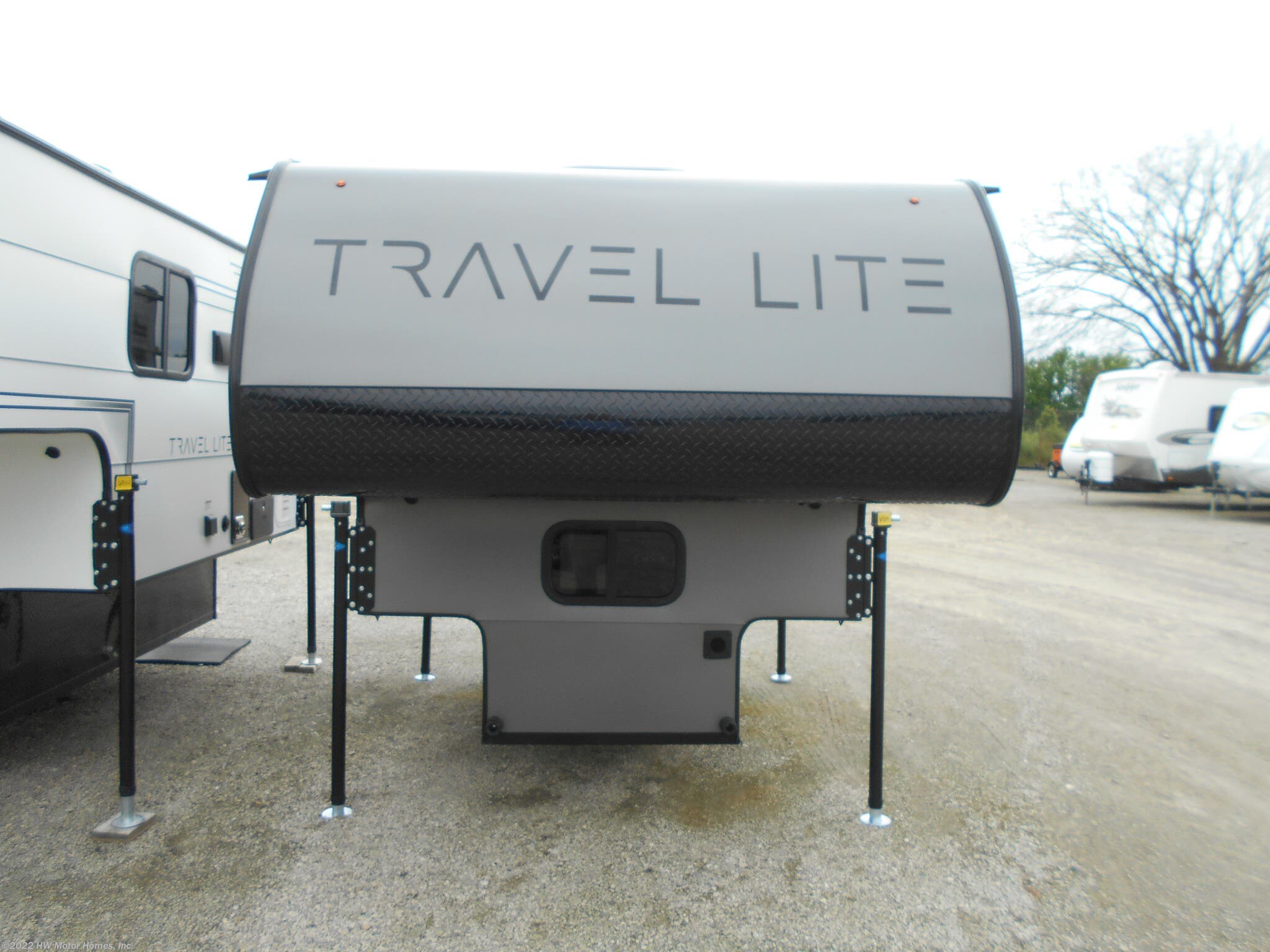#N06329 - 2020 Travel Lite Truck Campers 610R for sale in Canton MI