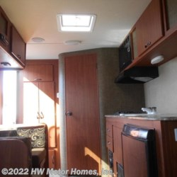 HW Motor Homes, Inc. 2016 Express E 18  Travel Trailer by Travel Lite | Canton, Michigan