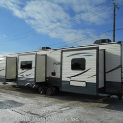 New 2019 Palomino Puma 39FKL For Sale by HW Motor Homes, Inc. available in Canton, Michigan