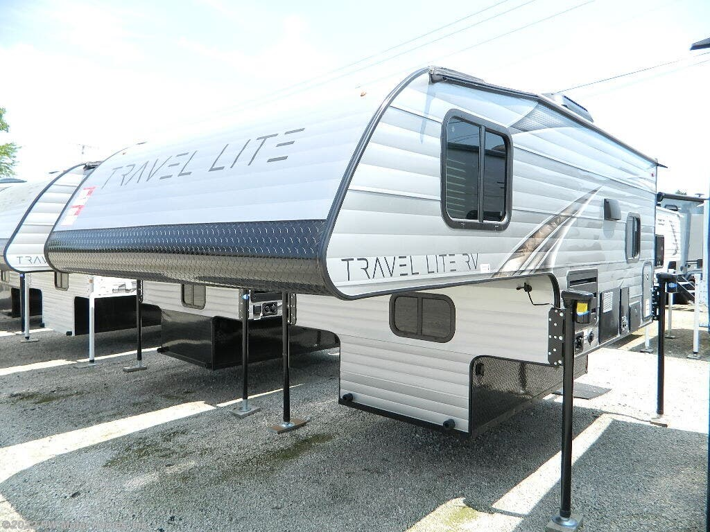 N06218 - 2020 Travel Lite Truck Campers 800X Etended Stay