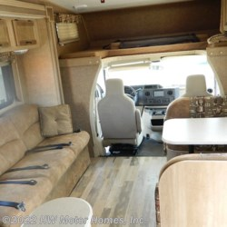 2015 Coachmen Freelander  32BH  - Class C Used  in Canton MI For Sale by HW Motor Homes, Inc. call 800-334-1535 today for more info.
