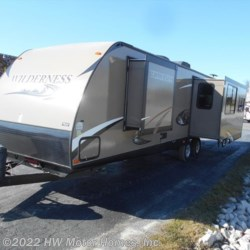 Used 2013 Heartland  Wilderness WD 3175RE For Sale by HW Motor Homes, Inc. available in Canton, Michigan