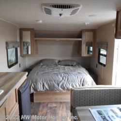 HW Motor Homes, Inc. 2017 Puma XLE Lite 18FBC  Travel Trailer by Palomino | Canton, Michigan