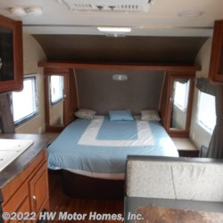 HW Motor Homes, Inc. 2015 Wildwood X-Lite 231 RBXL  Travel Trailer by Forest River | Canton, Michigan