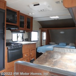 2015 Forest River Wildwood X-Lite 231 RBXL  - Travel Trailer Used  in Canton MI For Sale by HW Motor Homes, Inc. call 800-334-1535 today for more info.