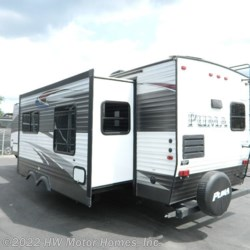 Used 2016 Palomino Puma 30 RKSS For Sale by HW Motor Homes, Inc. available in Canton, Michigan