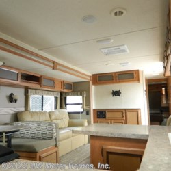 2016 Palomino Puma 30 RKSS  - Travel Trailer Used  in Canton MI For Sale by HW Motor Homes, Inc. call 800-334-1535 today for more info.