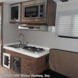 2020 Travel Lite Truck Campers 770 RSL , .O4O White Aluminum  - Truck Camper New  in Canton MI For Sale by HW Motor Homes, Inc. call 800-334-1535 today for more info.