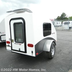 HW Motor Homes, Inc. 2019 HE3S  Travel Trailer by HELIO | Canton, Michigan