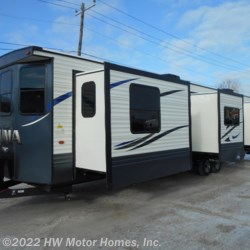 New 2020 Palomino Puma 39FKL For Sale by HW Motor Homes, Inc. available in Canton, Michigan