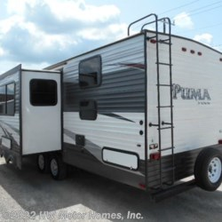 Used 2016 Palomino Puma 30DBSS For Sale by HW Motor Homes, Inc. available in Canton, Michigan