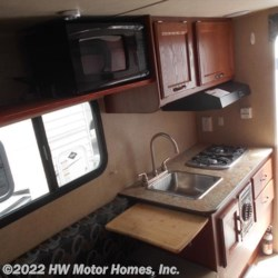 2017 Travel Lite Super Lite 690 FD - Fits Mid - Sized Truck  - Truck Camper Used  in Canton MI For Sale by HW Motor Homes, Inc. call 800-334-1535 today for more info.