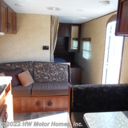 2013 Prime Time Avenger 221LT  - Travel Trailer Used  in Canton MI For Sale by HW Motor Homes, Inc. call 800-334-1535 today for more info.