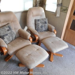 2008 CrossRoads Cruiser 29 RK  -  Double Slides  - Fifth Wheel Used  in Canton MI For Sale by HW Motor Homes, Inc. call 800-334-1535 today for more info.