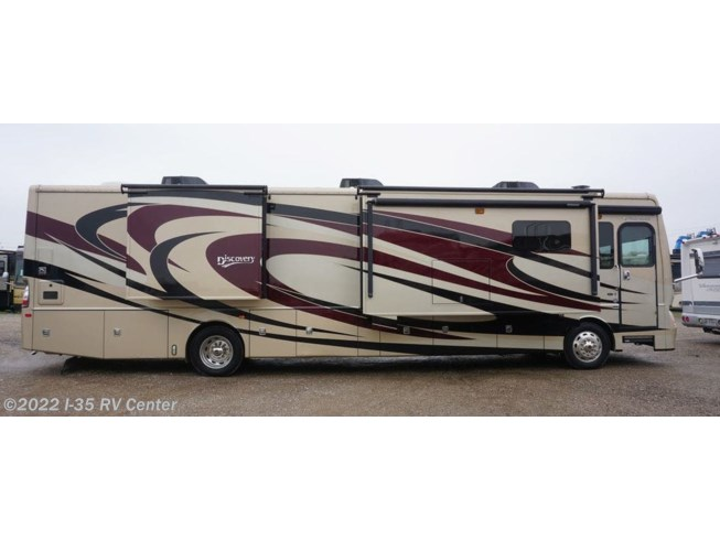 2016 Discovery 40E by Fleetwood from I-35 RV Center in Denton, Texas