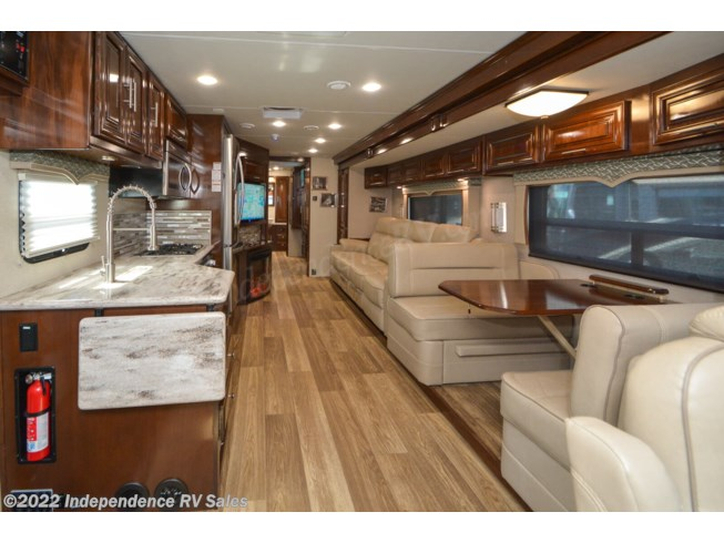 2019 Georgetown XL 369DS, Sale Pending by Forest River from Independence RV Sales in Winter Garden, Florida