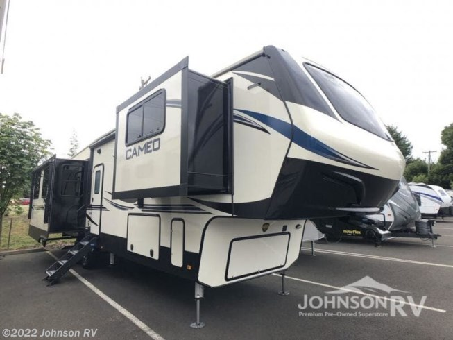 New 2020 CrossRoads Cameo CE3701RL available in Sandy, Oregon