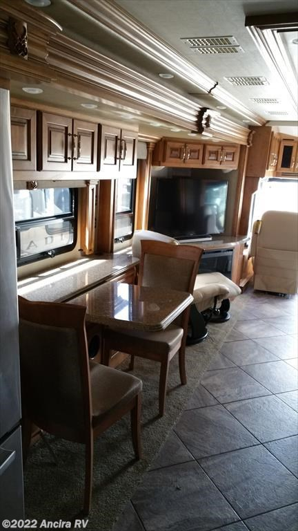 Xau115a 2015 American Coach American Tradition 42g For
