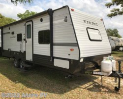 #BX815 - 2018 Coachmen Viking 21BH