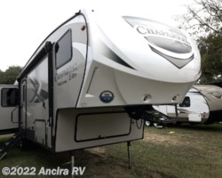 #BY1326 - 2019 Coachmen Chaparral Lite 30BHS