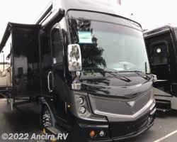 #BY511 - 2019 Fleetwood Discovery LXE 44H