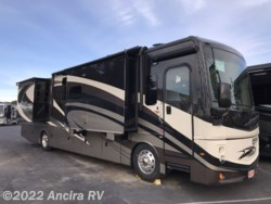 2019 Fleetwood Discovery 38N