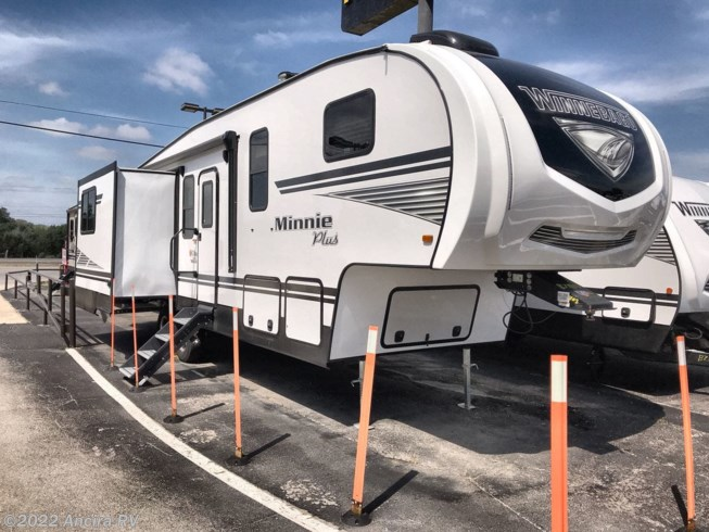 New 2020 Winnebago Minnie Plus 29MBH available in Boerne, Texas