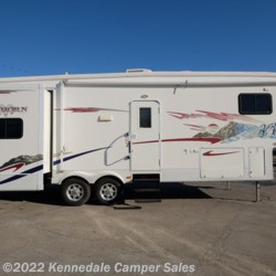 2007 Heartland RV Bighorn 3055RL 33'  - Fifth Wheel Used  in Kennedale TX For Sale by Kennedale Camper Sales call 877-322-6737 today for more info.