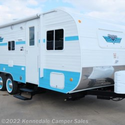 "New 2018 Riverside RV White Water Retro 195 24'7"" For Sale by Kennedale Camper Sales available in Kennedale, Texas"