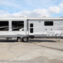 2015 Open Range Open Range 397FBS 42'  - Fifth Wheel Used  in Kennedale TX For Sale by Kennedale Camper Sales call 877-322-6737 today for more info.
