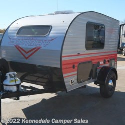 Kennedale Camper Sales 2018 SunRay Mini 109 12'  Travel Trailer by Sunset Park RV | Kennedale, Texas