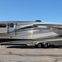 2014 Thor Redwood 38GK 41'  - Fifth Wheel Used  in Kennedale TX For Sale by Kennedale Camper Sales call 877-322-6737 today for more info.