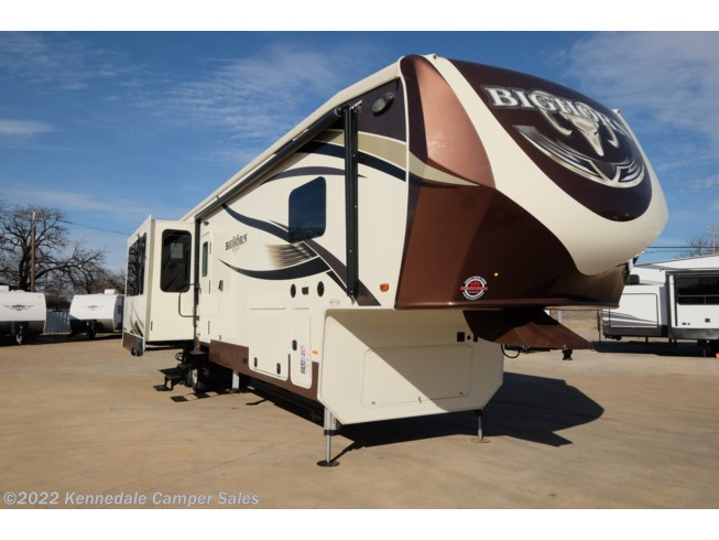 Used 2017 Heartland Bighorn BH 3760 EL available in Kennedale, Texas
