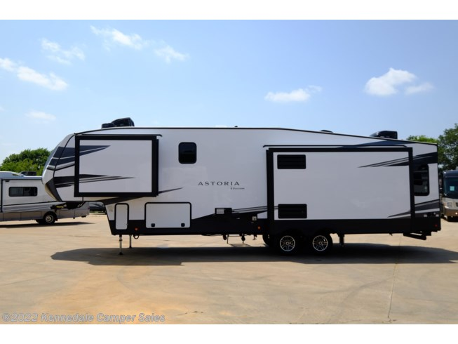 2021 Astoria 3173RLP by Dutchmen from Kennedale Camper Sales in Kennedale, Texas