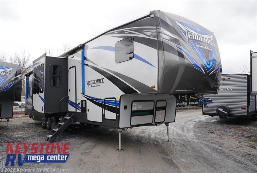 2018 Forest River Vengeance Touring Edition 395KB-13