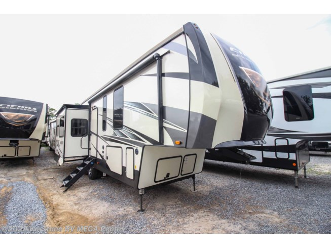 New 2020 Forest River Sierra 321RL available in Greencastle, Pennsylvania