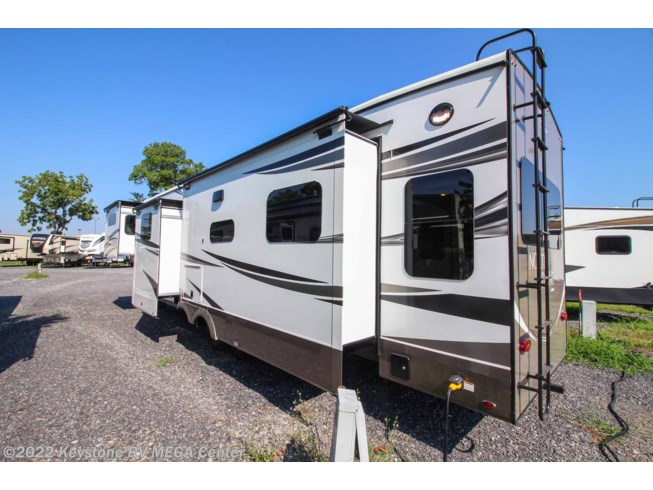 New 2021 Jayco North Point 377RLBH available in Greencastle, Pennsylvania