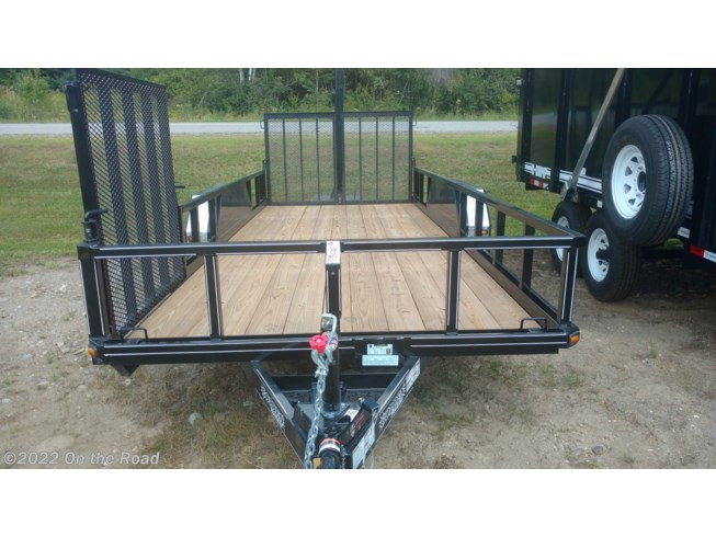 2018 Golden Trailers 18' With Side Ramp
