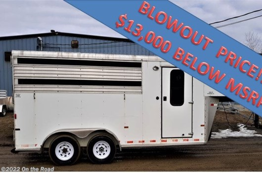 Horse Trailer - 2004 Sundowner SunLite 7'2''x19 w/Tack available Used in Warren, ME