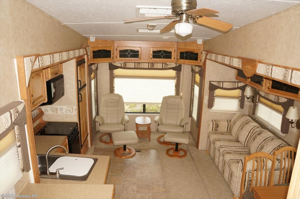 2006 Forest River Rv Cedar Creek Silverback 30lsts For