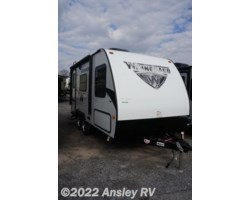 #D0236-17 - 2018 Winnebago Micro Minnie 1706FB