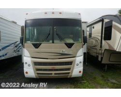 #I0221-18 - 2008 Winnebago Sightseer 34M