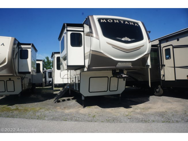 New 2020 Keystone Montana 3761FL available in Duncansville, Pennsylvania