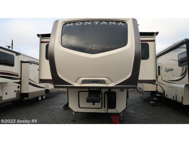 Used 2018 Keystone Montana 3731FL available in Duncansville, Pennsylvania
