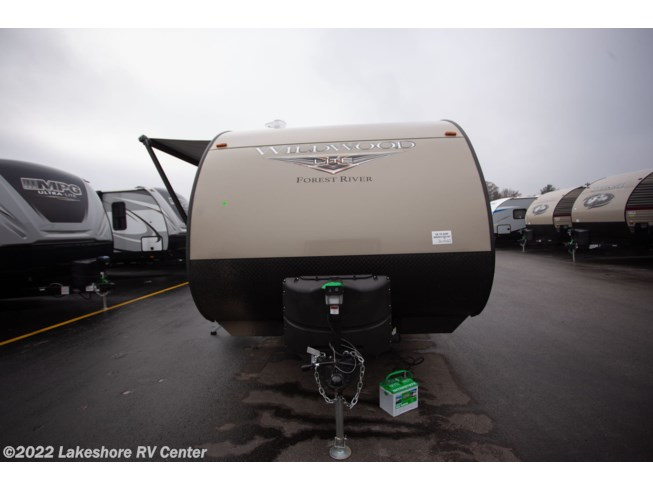 2019 Forest River Wildwood X-Lite 19DBXL - New Travel Trailer For Sale by Lakeshore RV Center in Muskegon, Michigan