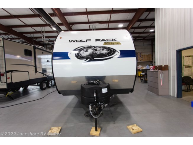 2020 Forest River Wolf Pack 24GOLD14 - New Toy Hauler For Sale by Lakeshore RV Center in Muskegon, Michigan