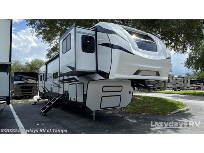 New 2021 Winnebago Voyage 3436FL available in Seffner, Florida