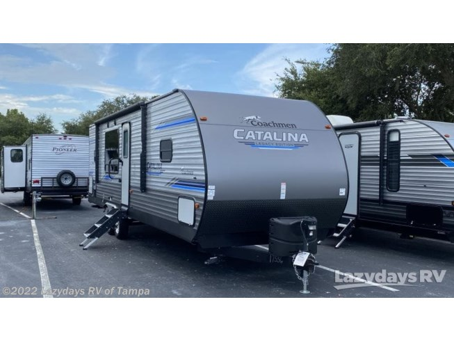 Used 2020 Coachmen Catalina Legacy Edition 283RKS available in Seffner, Florida