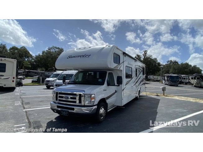 2017 Forest River Sunseeker 3170DS - Used Class C For Sale by Lazydays RV of Tampa in Seffner, Florida