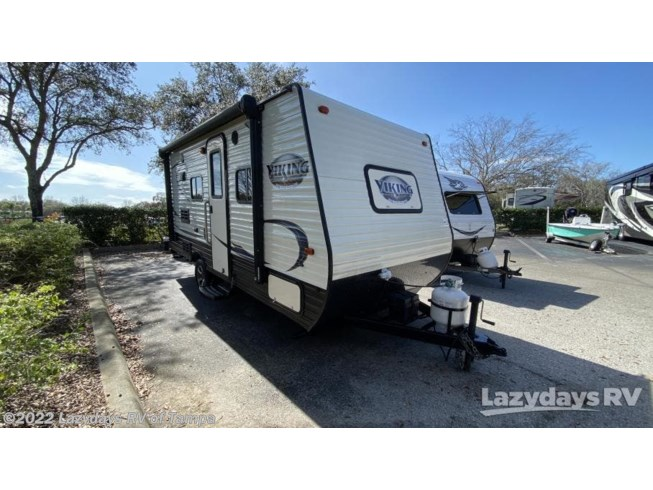 Used 2018 Coachmen Viking Ultra-Lite 17FQ available in Seffner, Florida